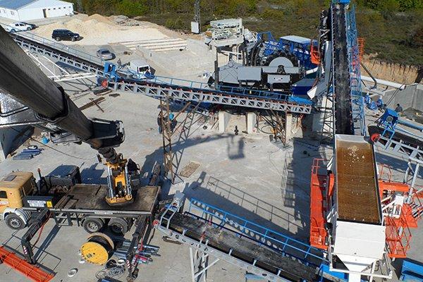 Agrega taş ocağıyla hazır beton sektörüne...