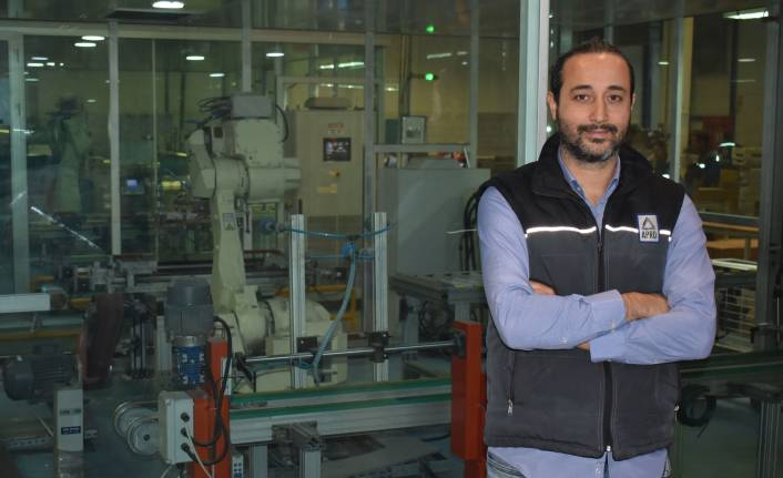 Apro Aluminium robot yatırımıyla standart üretimi yakaladı