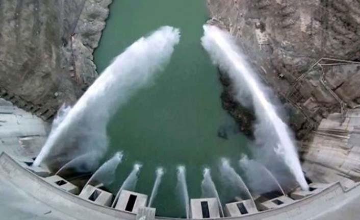 Deriner Barajı'nın getirisi 850 milyon dolar