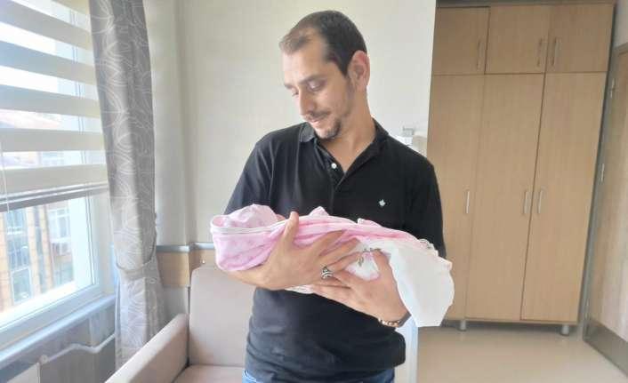 Sabri ile Sevgi Genç çiftinin yeni bebek sevinci