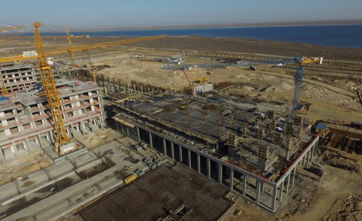 Kazakistan'da yapılan Rixos Aktau Resort Otel projesi kalıpları Doka Türkiye'den