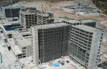 İzmir Bayraklı Şehir Hastanesinin tercihi Yağmur İskele Sistemleri