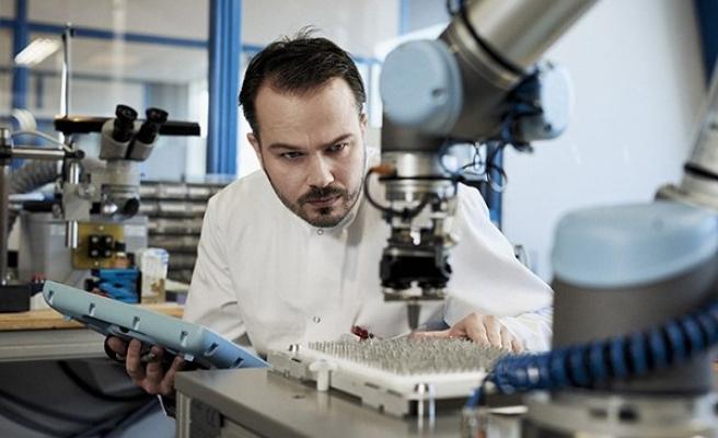 Geleceğin İş Yerleri İnsan-Makine İş Birliğinde Olacak