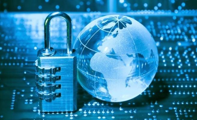 Siber dolandırıcılık masanızda