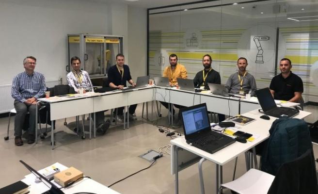 FANUC Akademi, otomasyonda uzmanlaştırıyor