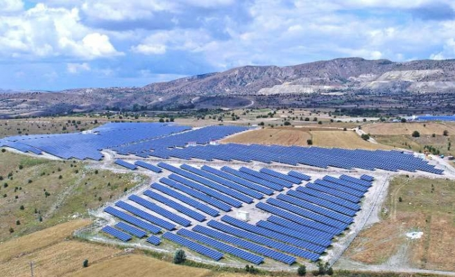 Smart Energy Türkiye'nin ilk yerli panel kullanılan lisanlı GES'inde yer aldı