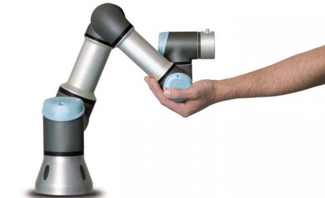 Universal Robots: Cobot'ların satışları 12 milyar dolara ulaşacak