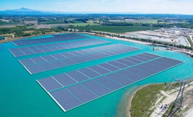 Avrupa'nın en büyük yüzer GES projesine Trina Solar imzası
