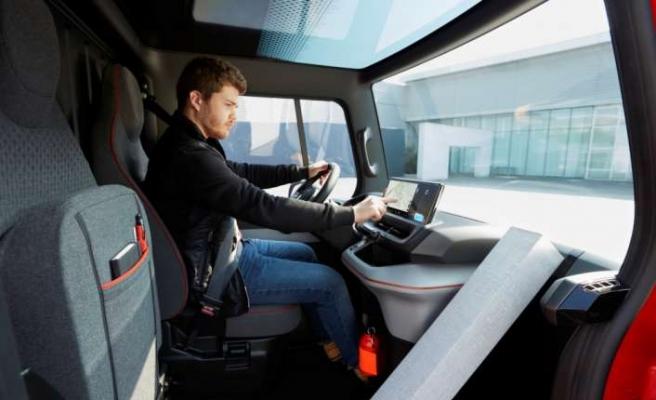 Renault'un yeni elektrikli aracı görücüye çıkıyor