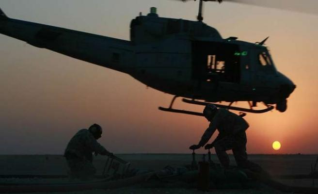 Askeri personelin hayatlarını koruyor