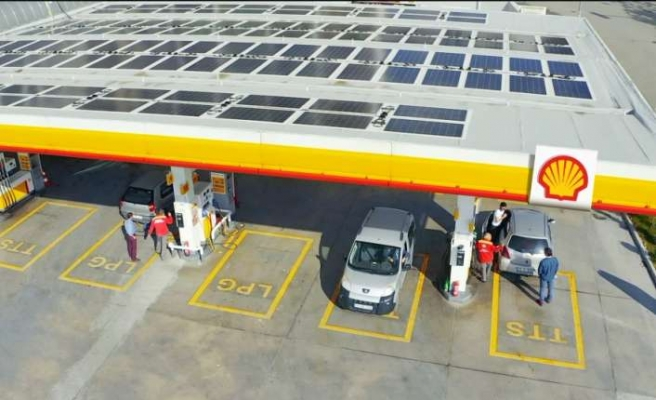 Shell&Turcas'ın ilk güneş enerjili istasyonunu hizmete girdi