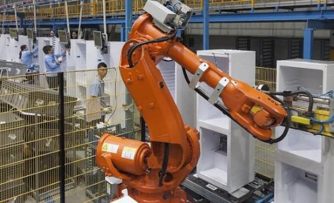 Romanya'daki fabrikasında 140 robot çalışıyor
