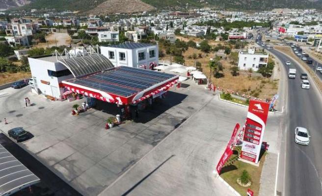 Petrol Ofisi'nden Türkiye'nin güneş enerjili petrol istasyonu