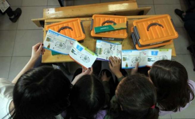 """Öğrenciler """"1010 Kaşif Projesi"""" ile gelecek için kodluyor"""