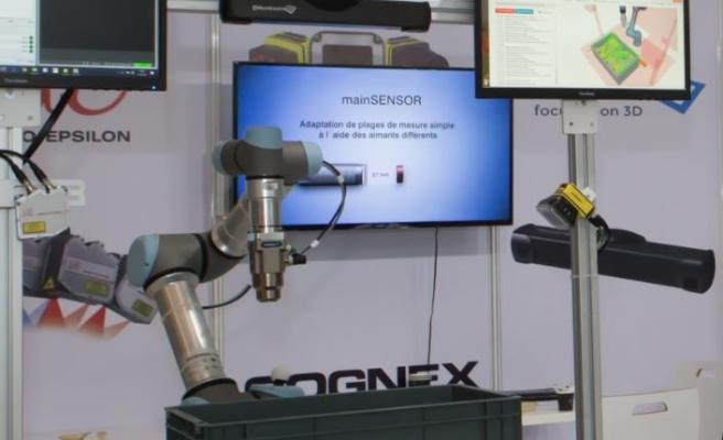 Robotları akıllı hale getiren teknolojiyi sunuyor