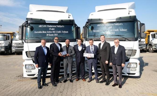 TruckStore güvencesiyle ARCLOG Uluslararası Nakliyat'a 15 adet çekici teslim edildi