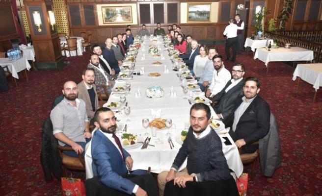 Asunim Türkiye'den yılsonu yemeği