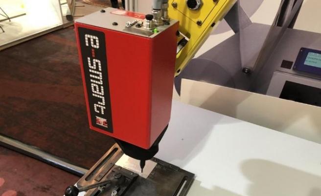 Ürünlerin izlenebilirliğini sağlıyor, robotlarla entegre çalışıyor