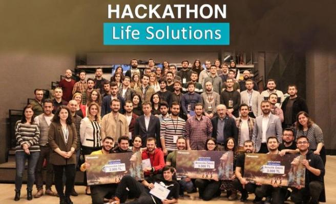 Life Solutions Hackathon'da projeler yarıştı