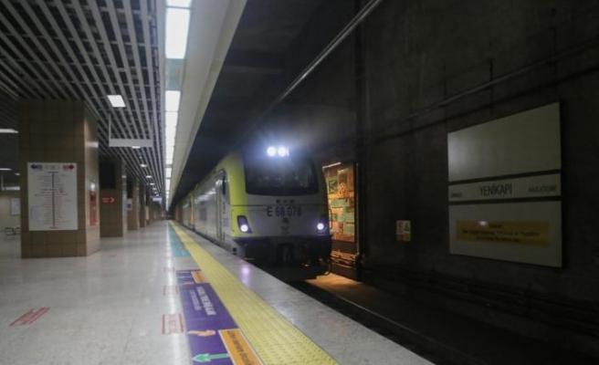 Marmaray'dan geçen yük treni sayısı 100 oldu