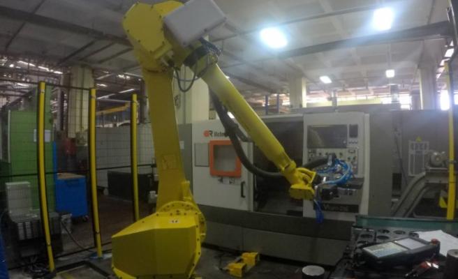 İ.MAK REDÜKTÖR'DE ROBOTLAR VE CNC MAKİNALARIN UYUMU