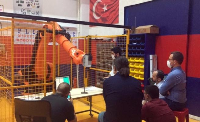 YENİ YERİNE TAŞINDI, ROBOT EĞİTİMLERİNE BAŞLIYOR