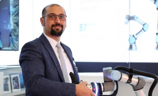 UNIVERSAL ROBOTS COBOT EĞİTİM PROJESİNİ HAYATA GEÇİRDİ