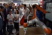 Vestel City'de robot teknolojilerini sergilediler