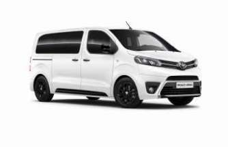 """Toyota'dan """"Toyota Professional"""" markasıyla hafif ticari açılımı"""