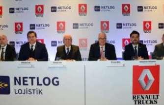 Renault Trucks senenin ilk büyük teslimatını Netlog Lojistik'e gerçekleştirdi