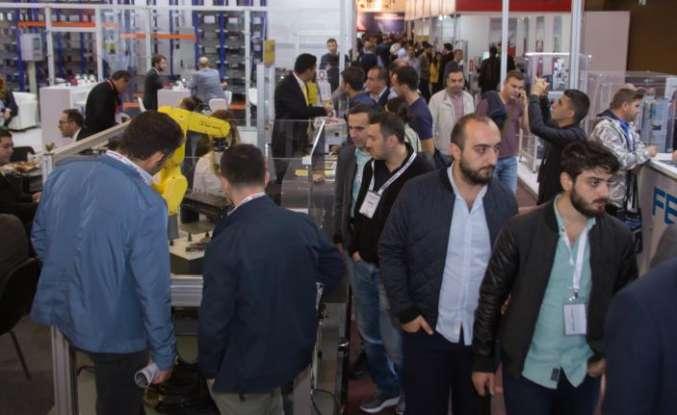 Industrial robots will meet in Turkey