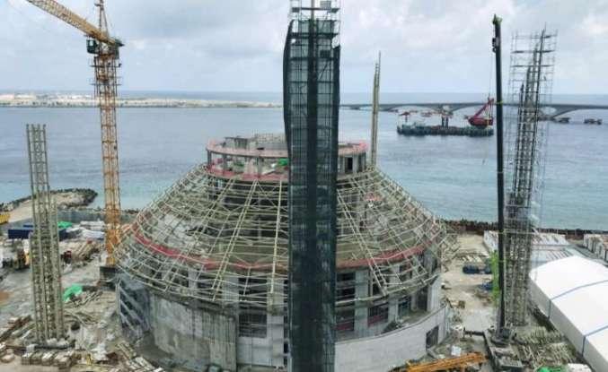 Kral Salman Camii projesinde işler Yağmur İskele ile ilerliyor