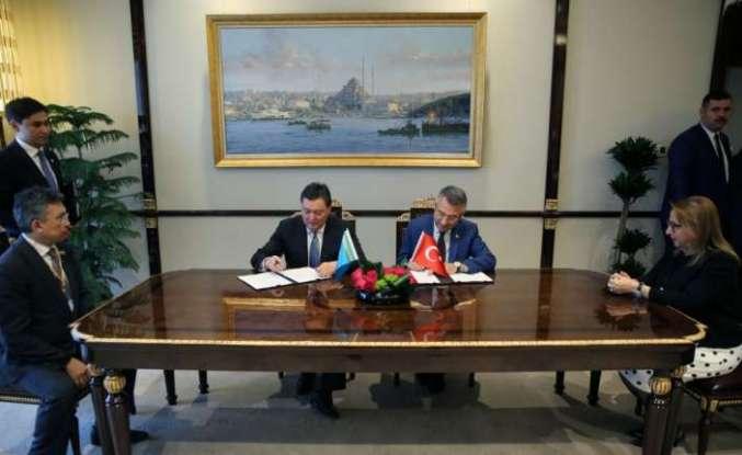 Türkiye ile Kazakistan arasında 3 anlaşma birden yapıldı