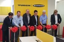 Malezya'daki İşyerlerinin Açılışını Kutladı