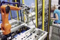 Hanplast robotlarla verimliliği üst seviyeye çıkardı