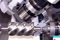 JUMAT taşlama makinası, rotor iş parçasını tek bağlamada işliyor