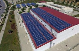 İzmir'de dört tesis birden güneşe yatırım yaptı