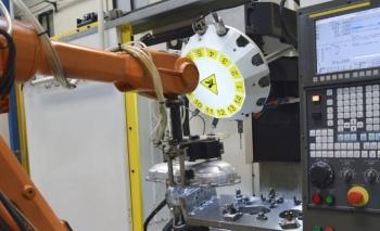 PLC Merkezi: Gelecekte robot tamirine olan talep artacak