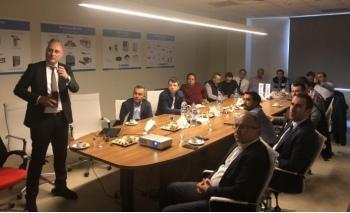 İzmir'de çözüm ortaklarıyla buluştu