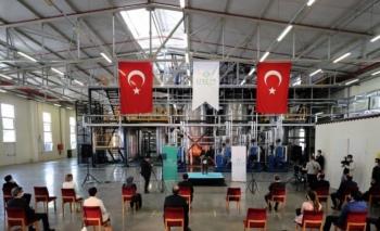 Türkiye'nin ilk endüstriyel enzim fabrikası törenle açıldı
