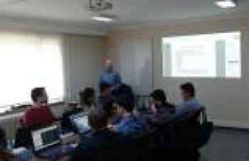Knowledge Club, network programlama alanında çığır açıyor