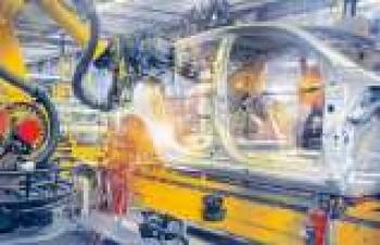 Robot rehberlik sistemi ile esnek malzeme taşıma