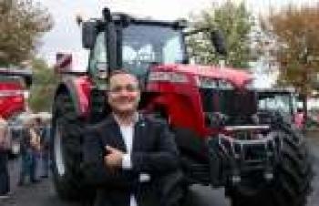 1,5 milyon liralık traktöre büyük ilgi