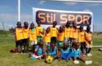 Stil Spor'dan Kenyalı çocuklara destek