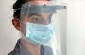 Bursalı ihracatçılardan sağlık çalışanları için özel koruyucu maske